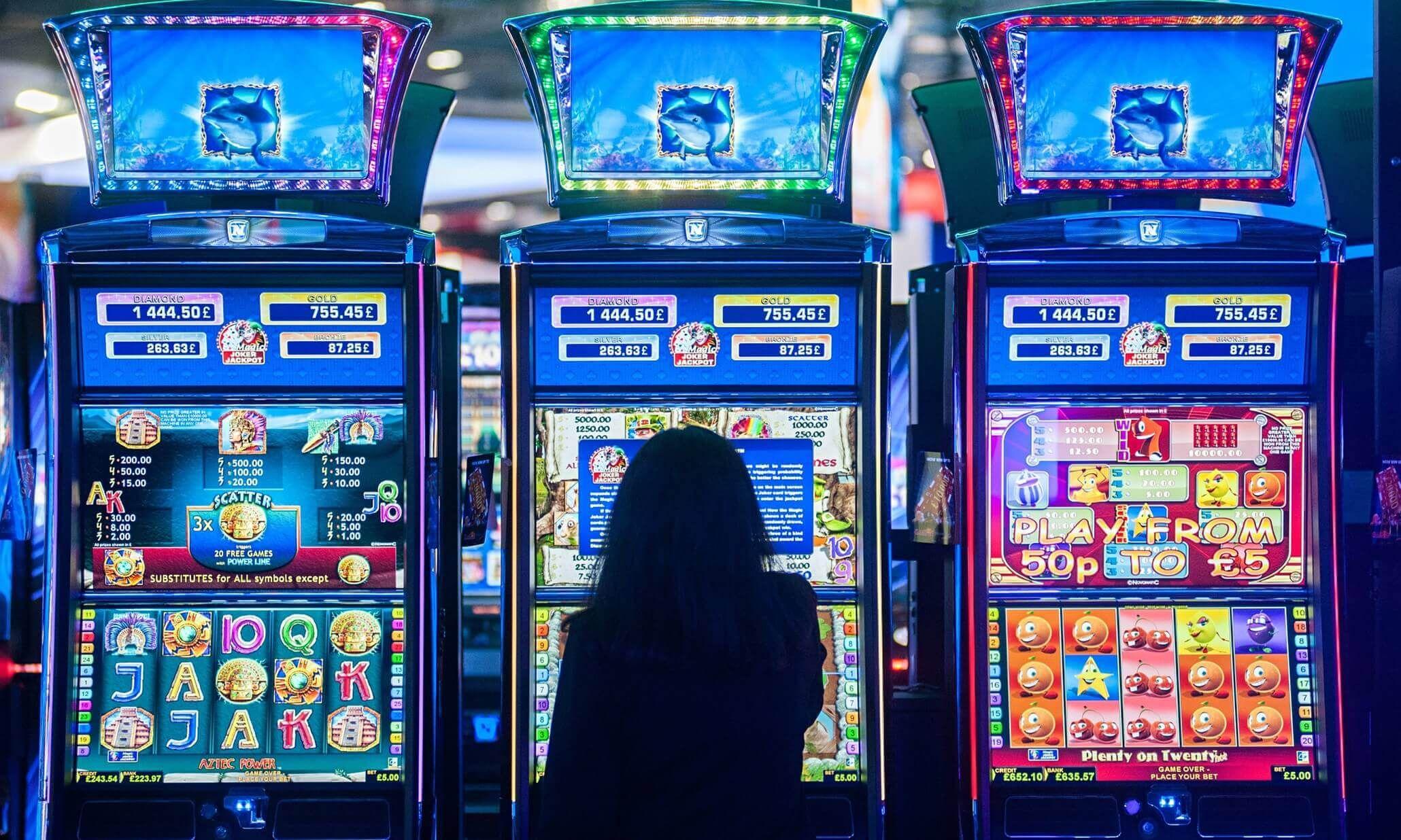 Играть в автоматы казино бесплатно